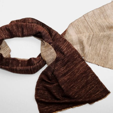 Handgefertigter Kaschmir Schal Beige Braun Natürliche Färbung