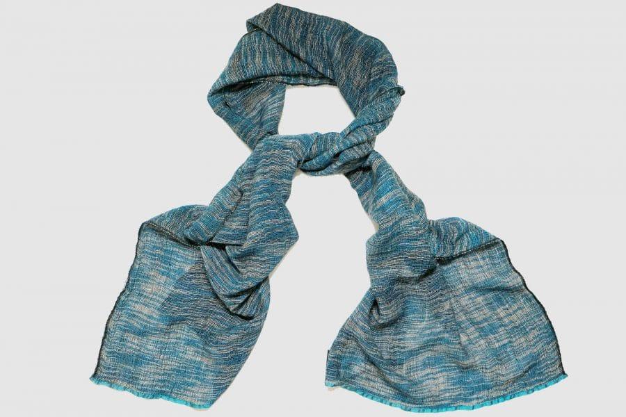Handgefertigter Kaschmir Schal Blau Weiß Schwarz